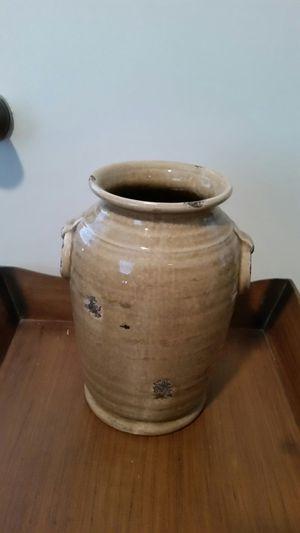 Distressed look ceramic vase