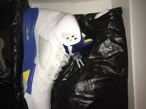 Nike air Jordan 5 laney size 11 worn twice