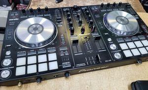 MINT PioneerDDJ-SR Performance DJ Controller
