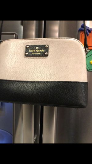 Original Kate spade crossbody it's like new
