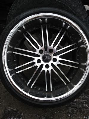 Mercedes rims and tires R20.