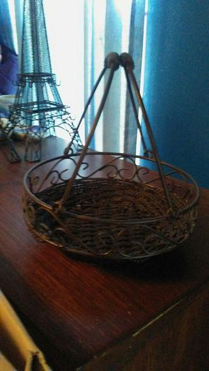 Nice wire basket expensive paid 25 dollars