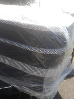 Pillow top queen size mattress $269.99 pick up special only ...
