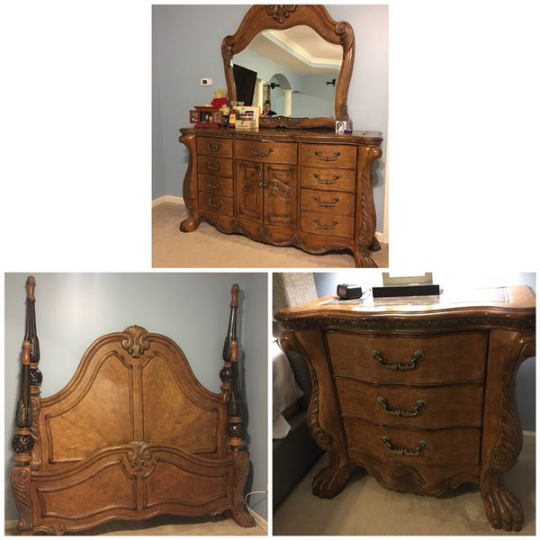 Aico bedroom set (Furniture) in Alpharetta, GA