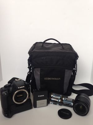 Canon EOS Rebel XS Camera w/Lens & Accessories