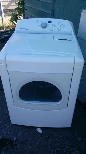 MAYTAG BRAVOS GAS DRYER(im willing to deliver for extra fee