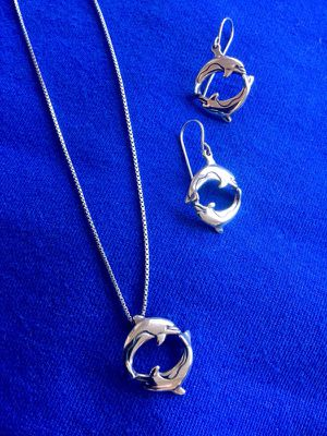 Sterling Silver 925 jewelry set / Dolphin 🐬pendent necklace with earrings 🌊🐬🐬