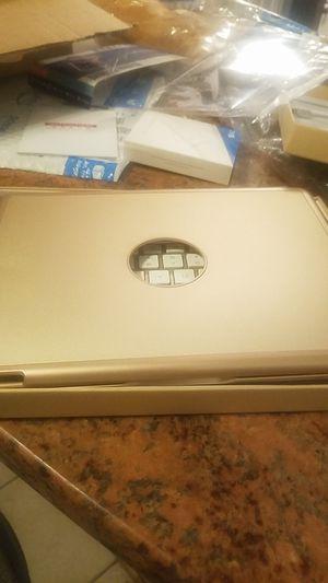 iPad pro 10.5 light up keyboard