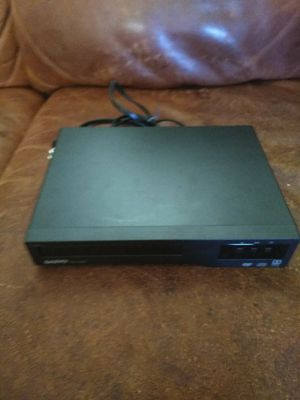 Sanyo DVD player with 12 DVDs