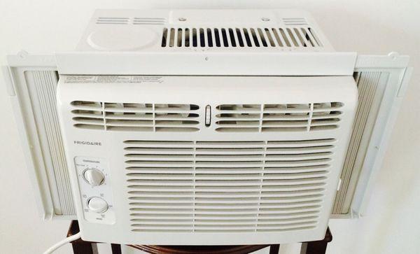 Window air conditioner frigidaire appliances in for 10 inch tall window air conditioner