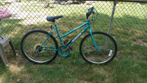24 Magna Anza 18 Speed Womens Bike Bicycles In Royal Oak Mi