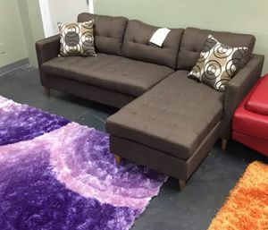 Brand New Brown Linen Sectional Sofa + 2 Accent Pillows