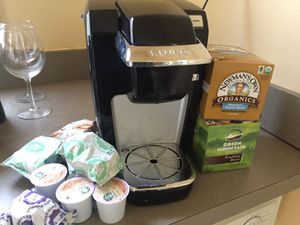 Keurig comes with kcups