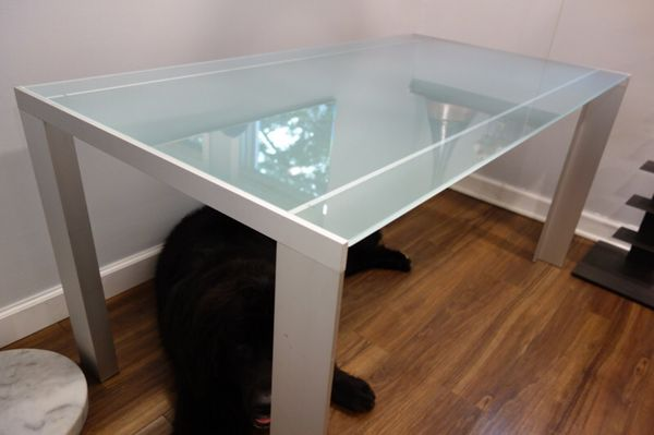 Glass Table Need to sell ASAP Furniture in Chicago