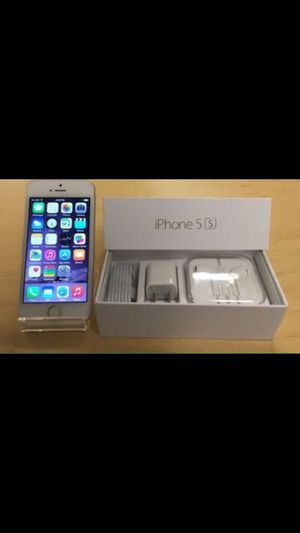 Apple iPhone 5S - Factory Unlocked - Comes w/ Box + Accessories