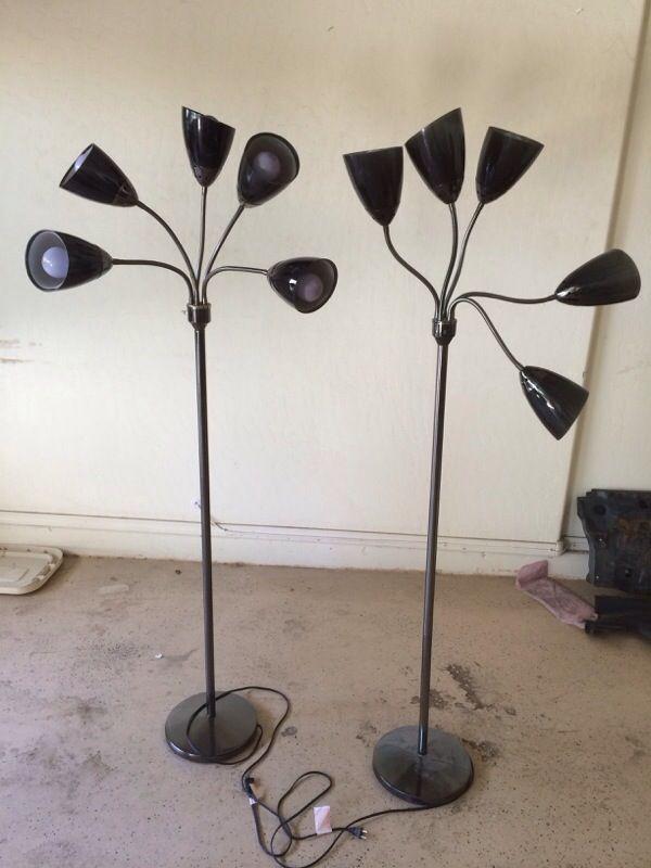 Floor lamps furniture in chandler az offerup for Bedroom furniture 85225