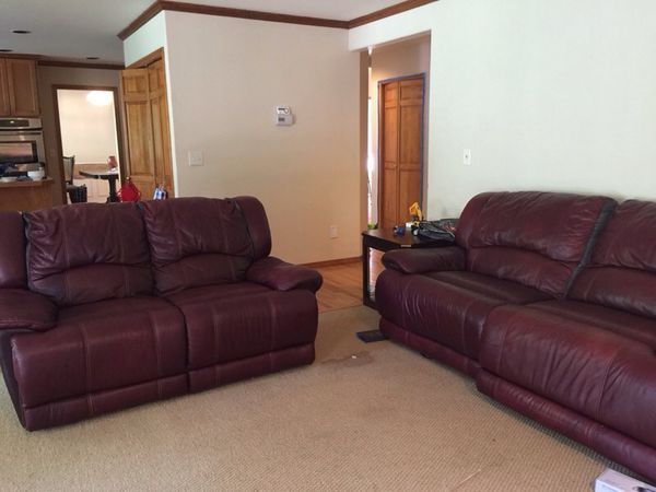 Leather Reclining Sofa And Loveseat Furniture In Kenmore