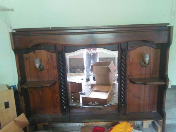 Wood mirror headboard furniture in seattle wa offerup for Bedroom furniture 98409