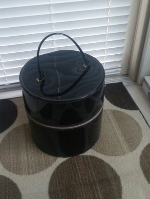Retro Round Black Vinyl Wig/ Hat Zipped Travel Tote
