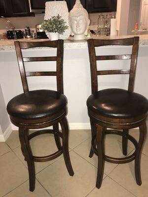2 Beautiful Wood And Leather Counter Stools