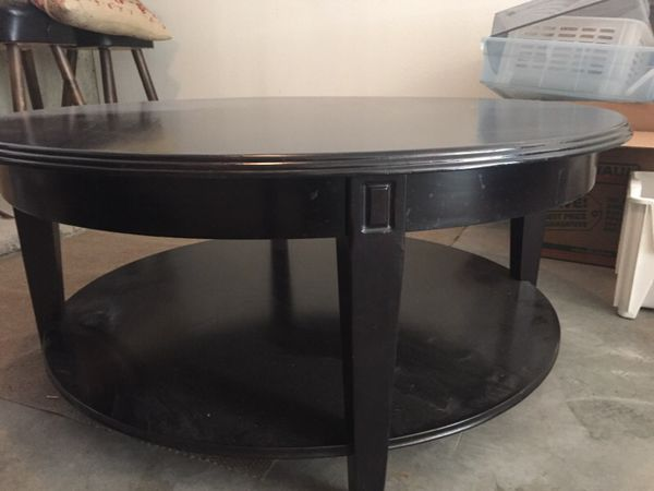 Round Coffee Table Furniture In Seattle Wa Offerup