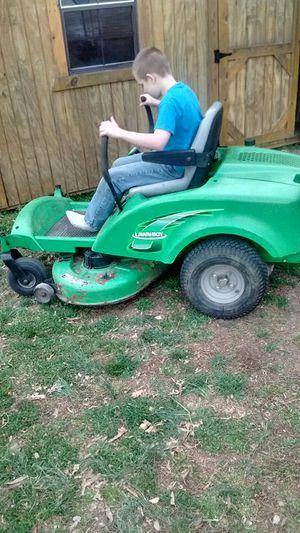 Lawn boy zero turn mower
