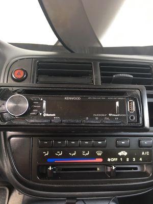 Kenwood Bluetooth radio