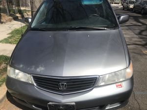 01 Honda Odyssey 154,000 clean title.. no lights.. Runs great *no habla español