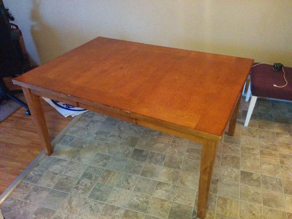 Kitchen Table Solid Wood Has A Leaf Insert Household