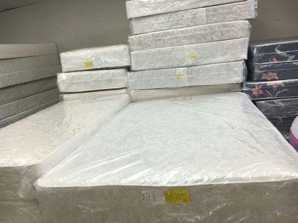 Mattress set on sale Furniture in Chicago IL ferUp