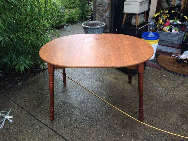 Table furniture in auburn wa offerup for Furniture auburn wa