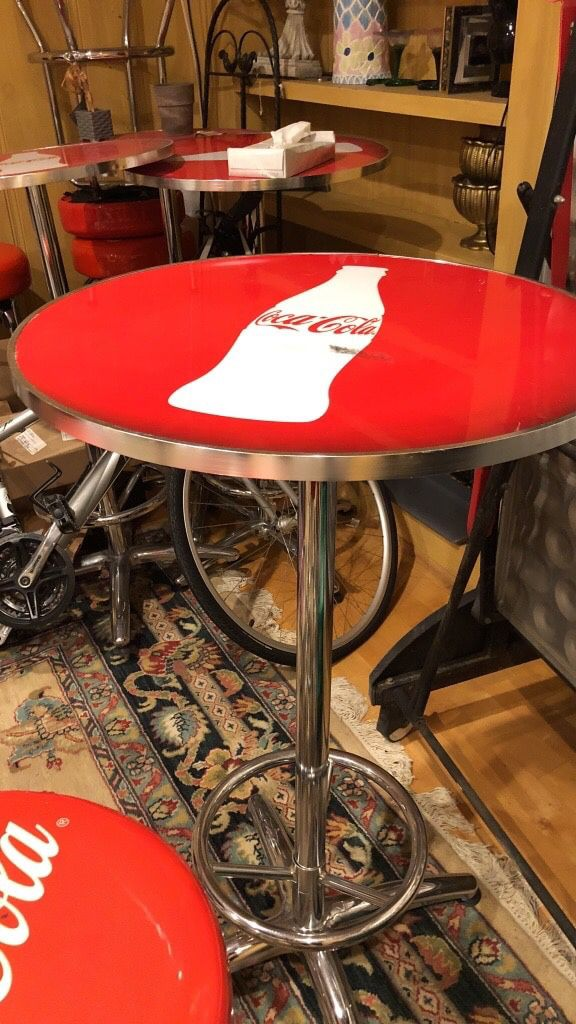 Coca Cola bar table/stool set (Furniture) in Los Angeles, CA