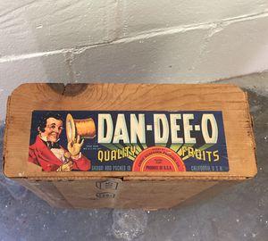 Dan-dee-o quality fruit crate