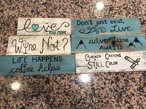 Small reclaimed pallet sign home decor