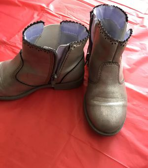 Toddler girl's gray boots with zipper size 10