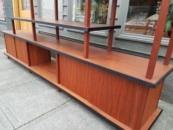 Mid Century Credenza Room Divider Furniture In Seattle Wa Offerup