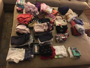 HUGE LOT of Baby-toddler girls clothes!!