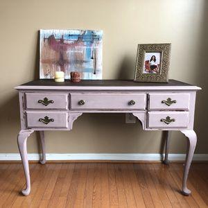 Vanity desk table