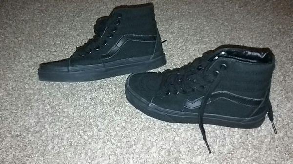 black vans 3.5