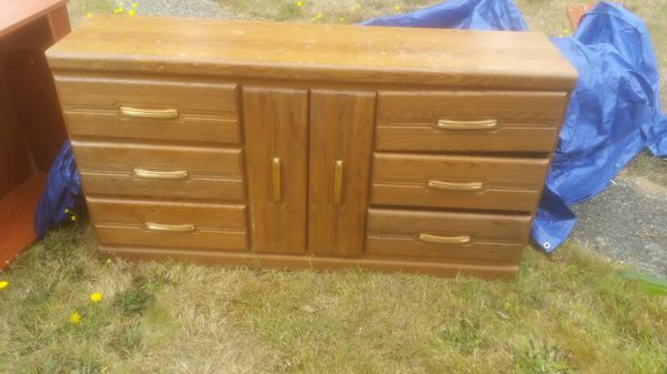 6+ drawer drrsser for sale! Need to get rid of it ...