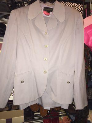 Ladies Designer 2-piece Suit - Size 16