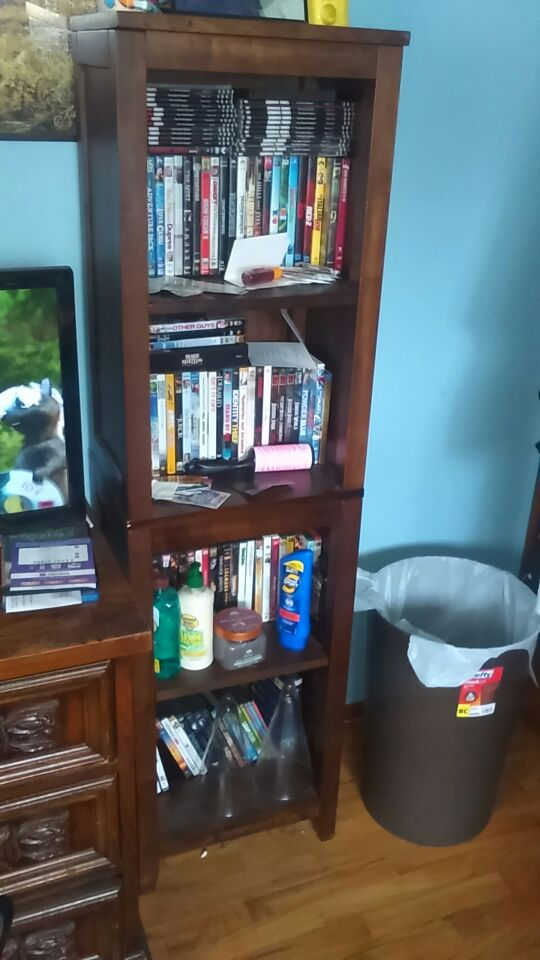 Book shelving units furniture in federal way wa offerup for Furniture federal way