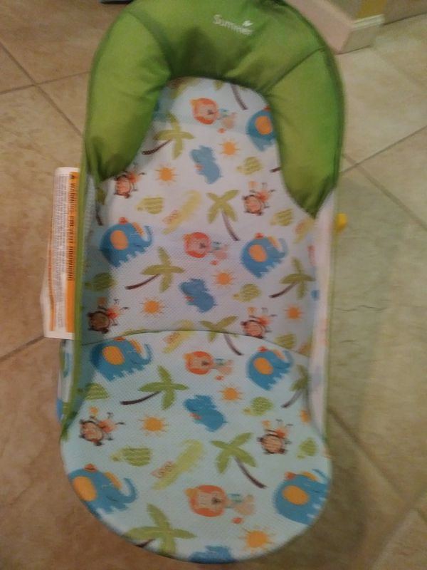 BABY BOY BATH SEAT $5 GREAT FOR SINKS AND TUBS!! (Baby & Kids) in ...