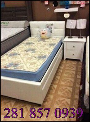 Twin bed frame with 2mattresss