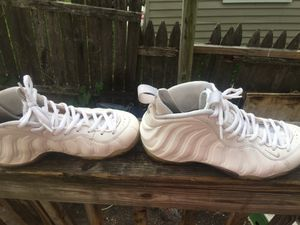 FOAMS ALL WHITE