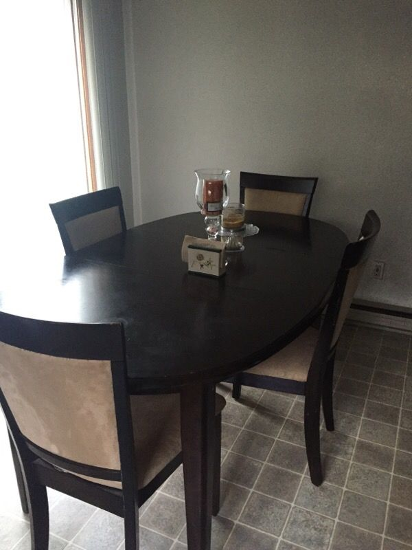 Dining Room Table And Chairs Furniture In Seattle WA OfferUp
