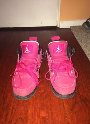 Pink Valentine 4s (rare)