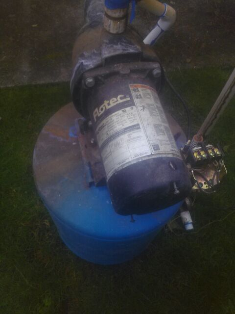 Well Pump An Tank Home Garden In Tacoma Wa Offerup