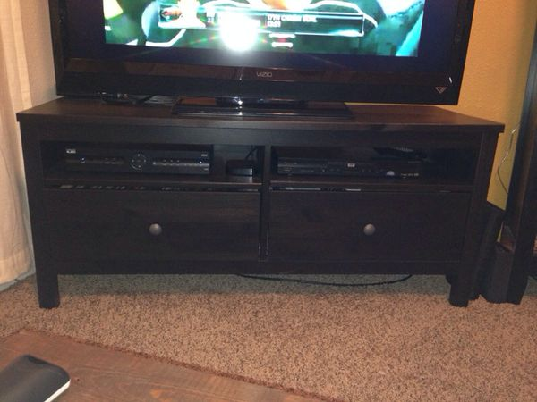 Ikea tv table furniture in saint paul mn offerup for Ikea st paul mn