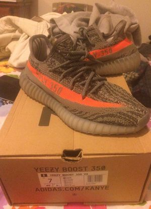 US 7 females . Used but in great condition 350 Yeezy boost